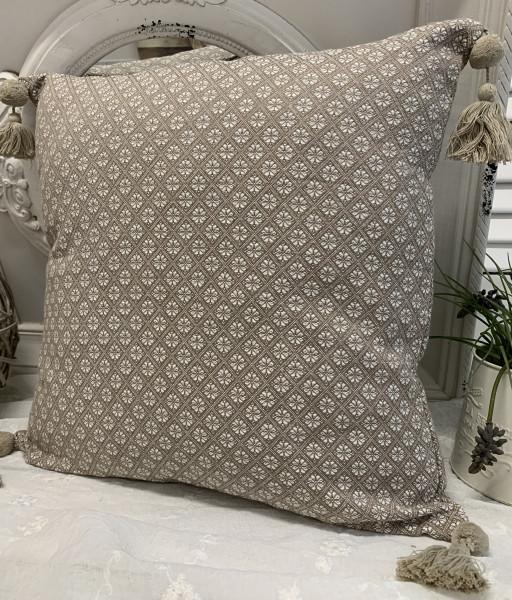 Kissen Bezug Hülle TILLA Sand / Weiß 48 x 48 100% Baumwolle Quasten Landhaus