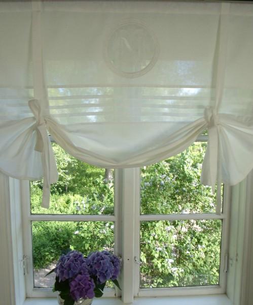 raff gardine mathilde weiss rollo 160x100 cm raffgardinen rollos gardinen lillabelle. Black Bedroom Furniture Sets. Home Design Ideas